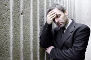 oppsigelse-finanskrise-deprimert
